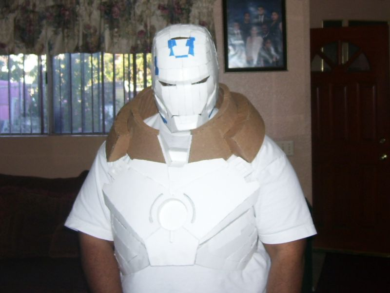 Click image for larger version.  Name:Jango-Fett-Costume-CII-050502J-06.jpg Views:54 Size:25.3 KB ID:98499