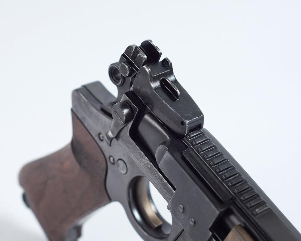 25-JOATRASH-FX-Mando-sidearm-0021-JPG-2500px-72dpi.jpg