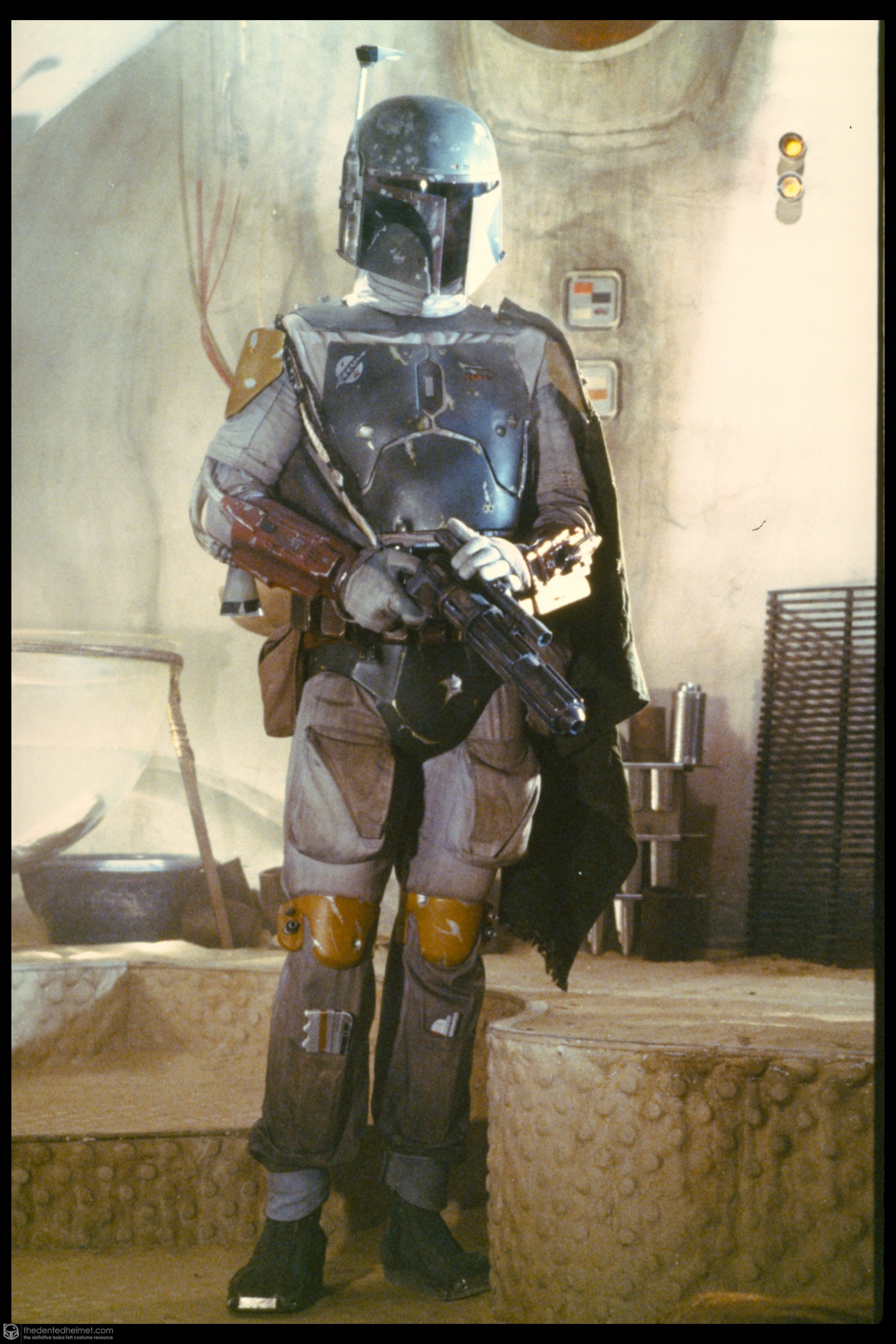 Boba-Fett-Costume-Return-of-the-Jedi-Jabba-02.jpg