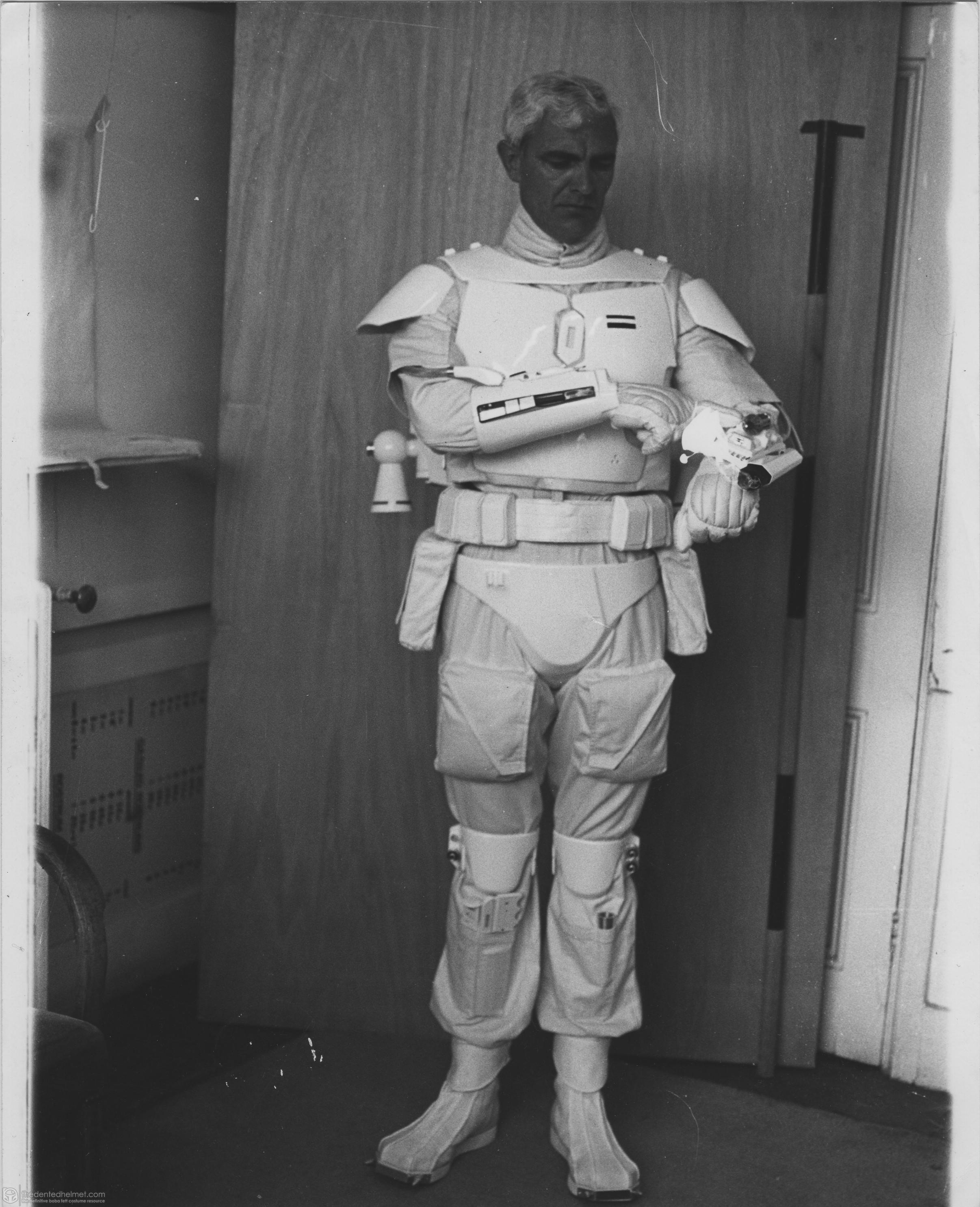 Boba-Fett-Costume-Test-Fitting-04.jpg