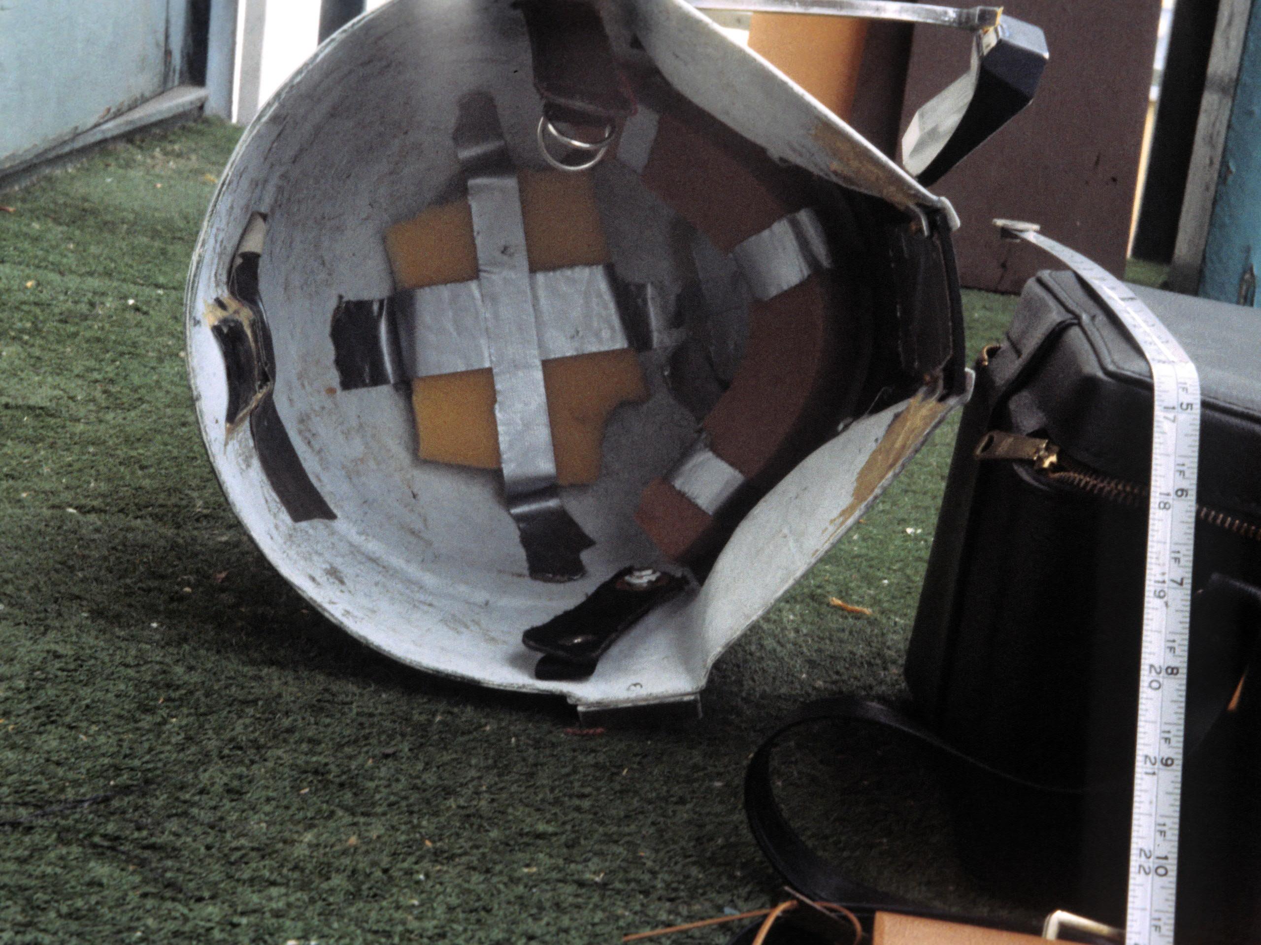 Boba-Fett-Return-of-the-Jedi-Helmet-11.jpg