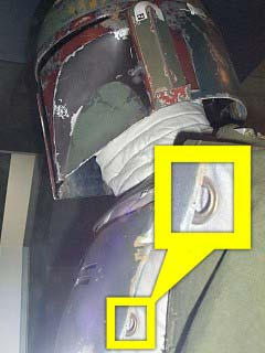 Click image for larger version.  Name:mq-1-battery-cover-on-left-gauntlet.jpg Views:518 Size:157.5 KB ID:62588