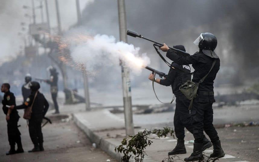 egypt-riot-police_3047169k.jpg