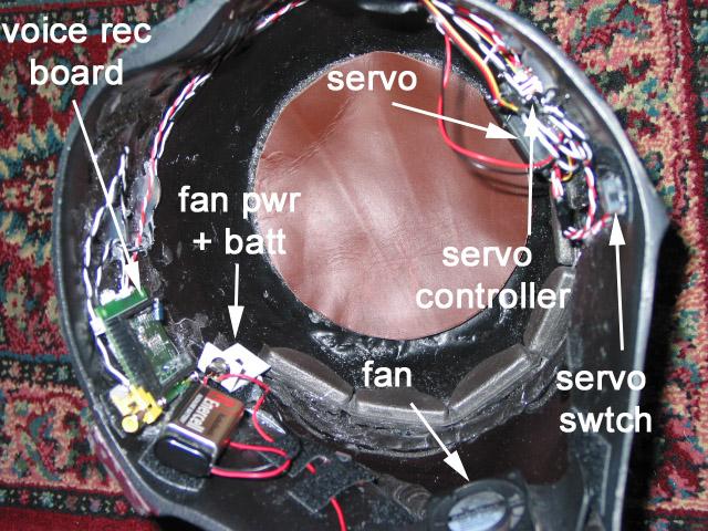 fett_helmet_inside_1.jpg