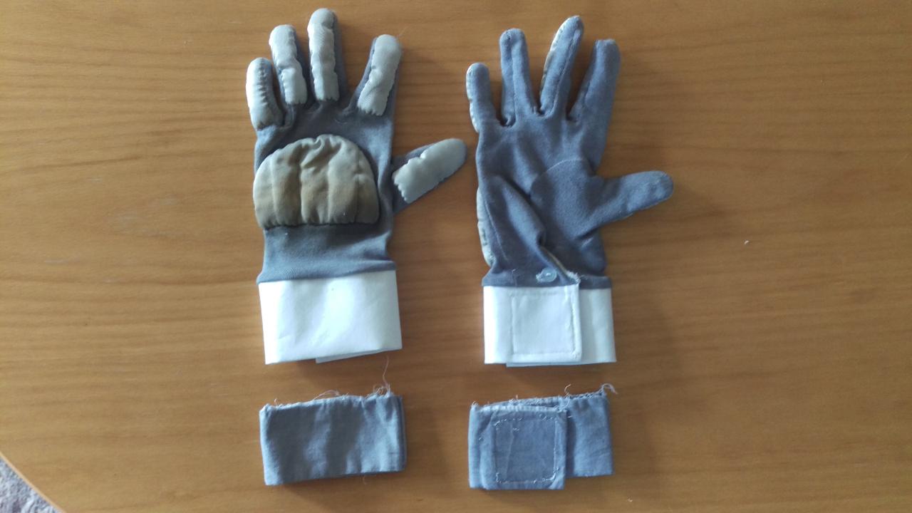gloves-cuffs.jpg