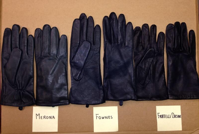 Jango_gloves_indoor_flash_zps4db45bdc.jpg