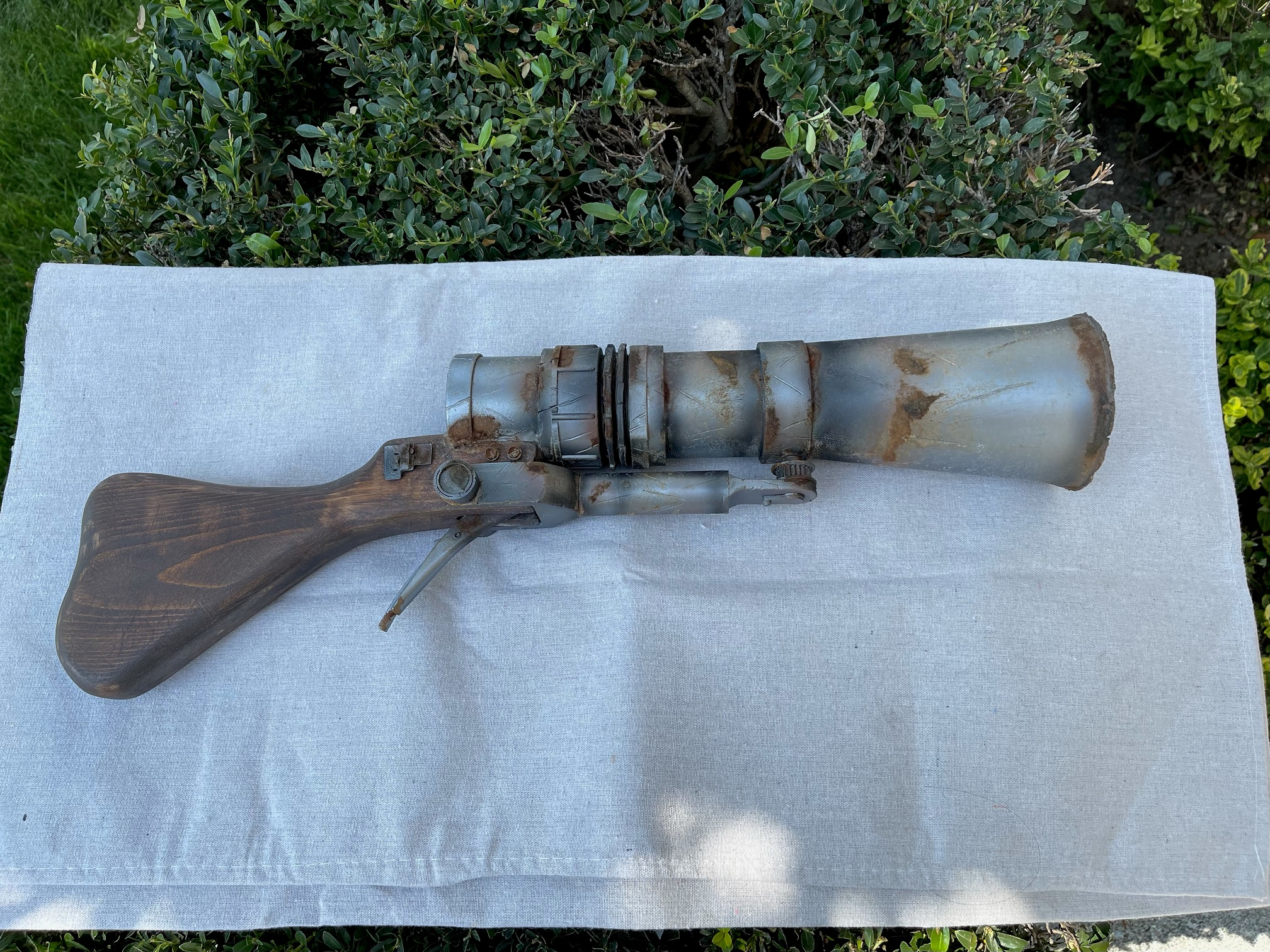 Jawa - ION Rifle - Finished with Rust - Pic 2.jpg