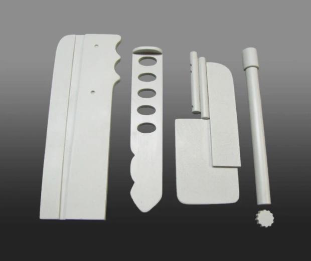 MoW Shin Tools.jpg