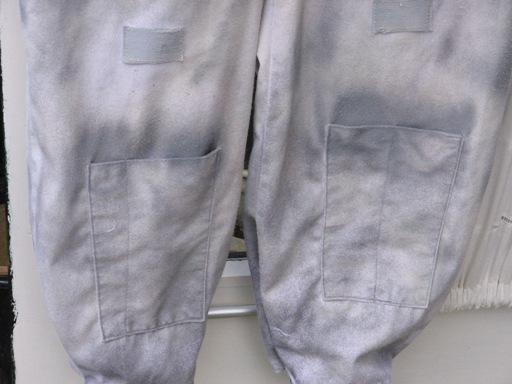 shin pockets.JPG