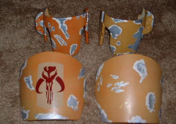 Shoulder&knee armor.JPG