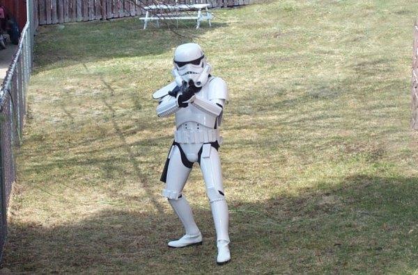 trooper_stance.jpg